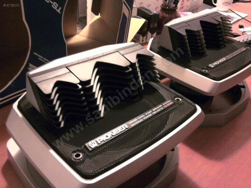 enceintes voitures realistic car speaker system le forum audiovintage. Black Bedroom Furniture Sets. Home Design Ideas